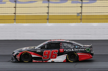 Suárez Finishes 26th at New Hampshire