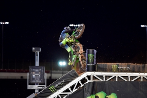 Can-do McAdoo - Supercross Racer's Determination Makes Crash an Instant Legend