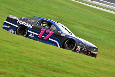 Buescher Nabs Top-20 Finish Despite Late Penalty