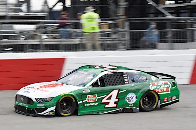 Harvick Finishes 24th at Richmond