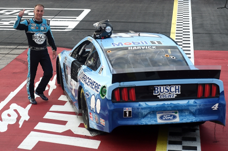 Harvick wins closed-door race in NASCAR return